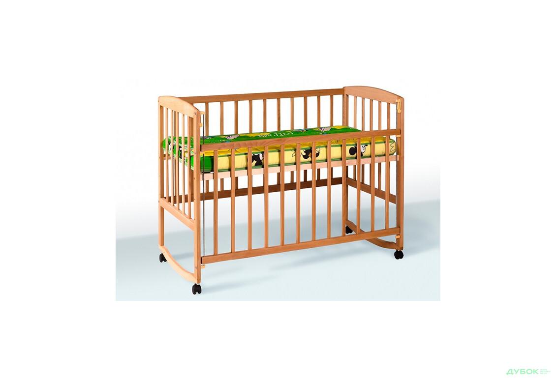 Кроватка с подвижной боковиной, дугами и колёсами 1В21-2